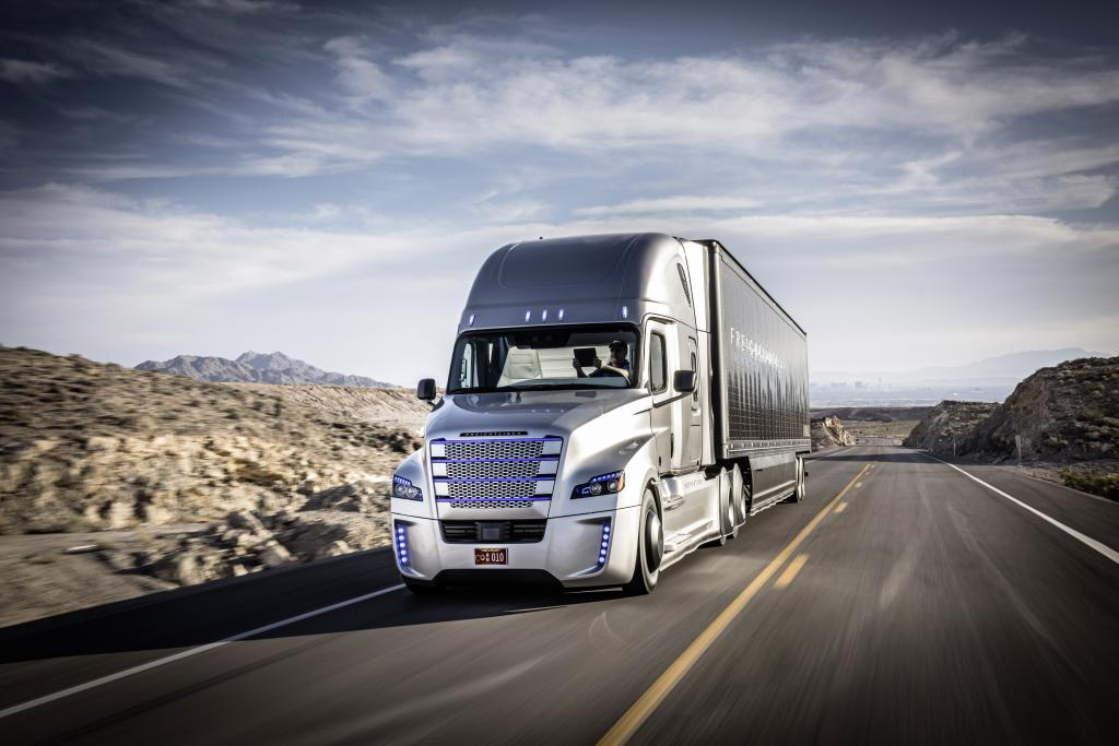 LKW-Transport-autonom-daimler