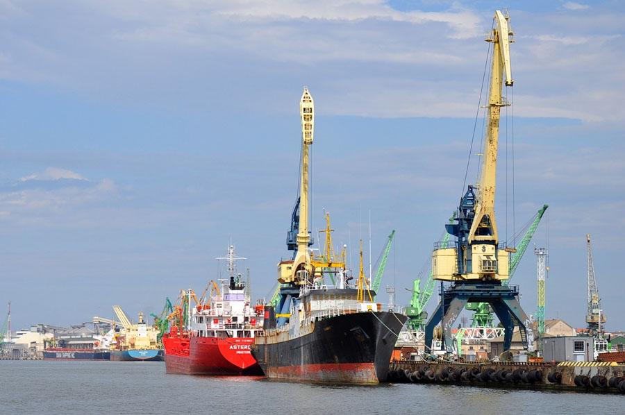 spedition-seefracht-litauen-schiff
